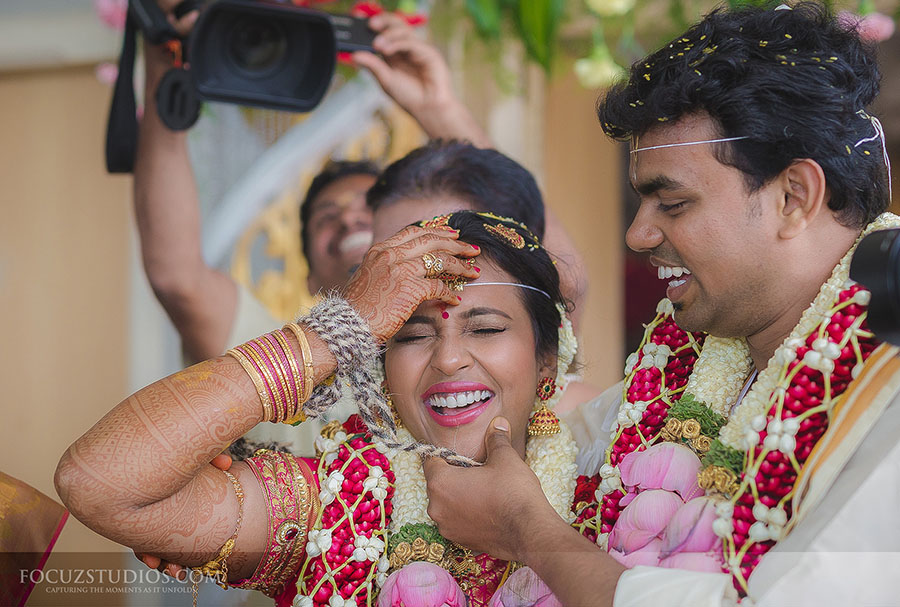 candid-wedding-photography-in-hosur-tamil-nadu-coimbatore