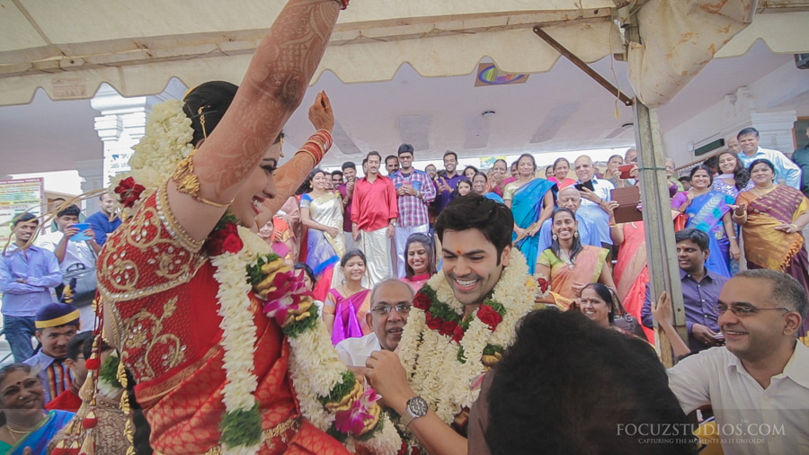 Maalai matruthal the exchange of garlands brahmin wedding rituals photo stills