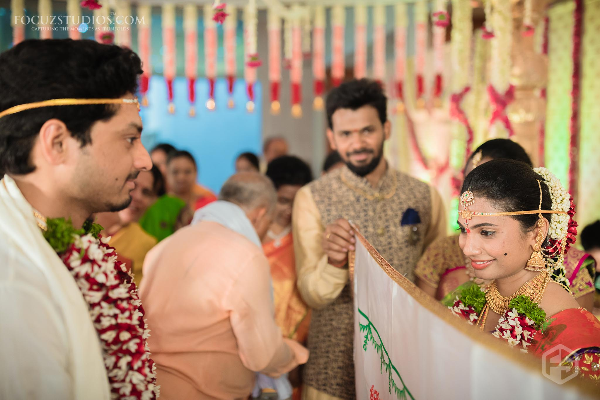 Best-Candid-Telugu-Wedding-Photographers-in-Hyderabad-15