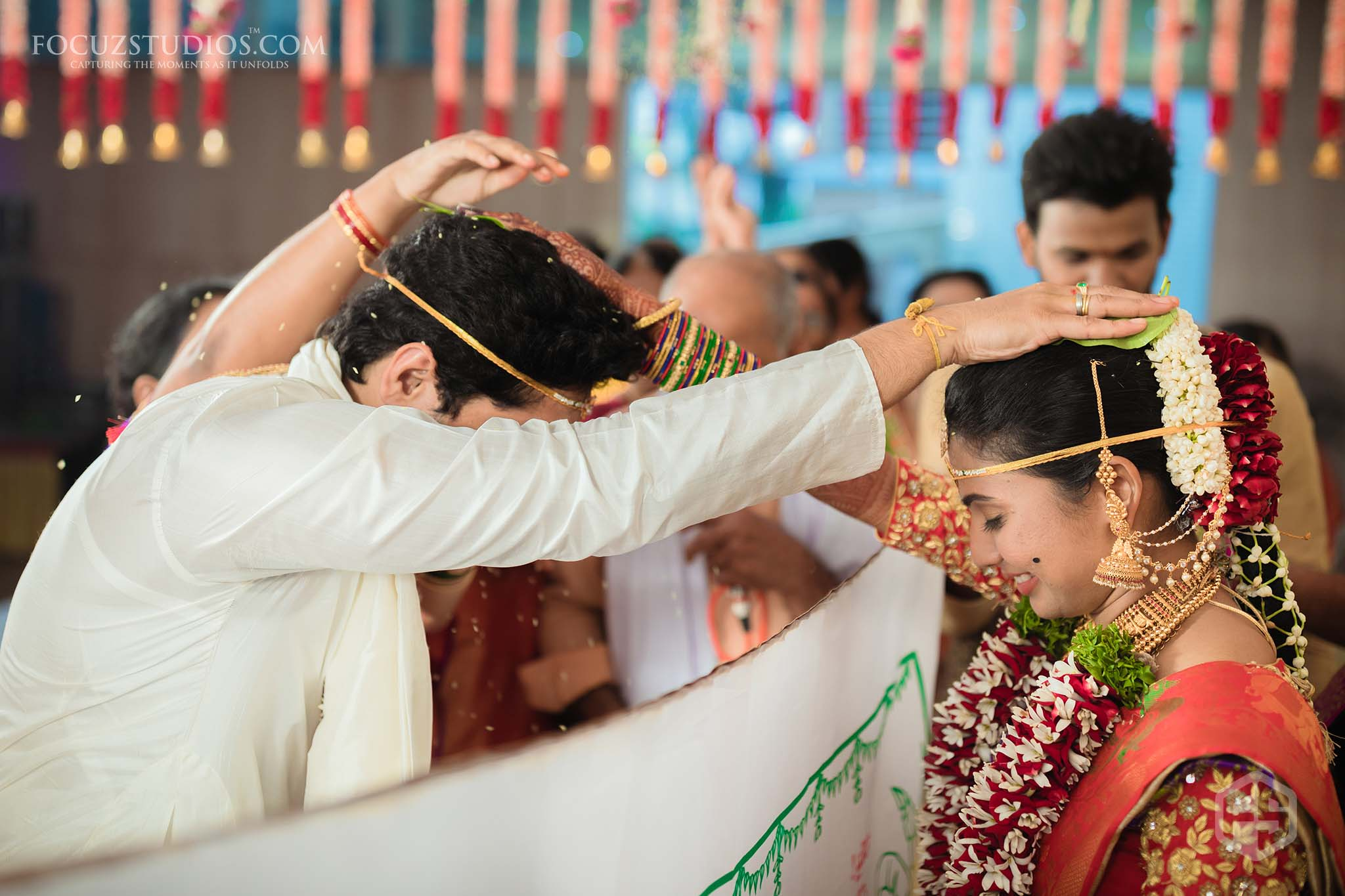 Best-Candid-Telugu-Wedding-Photographers-in-Hyderabad-16
