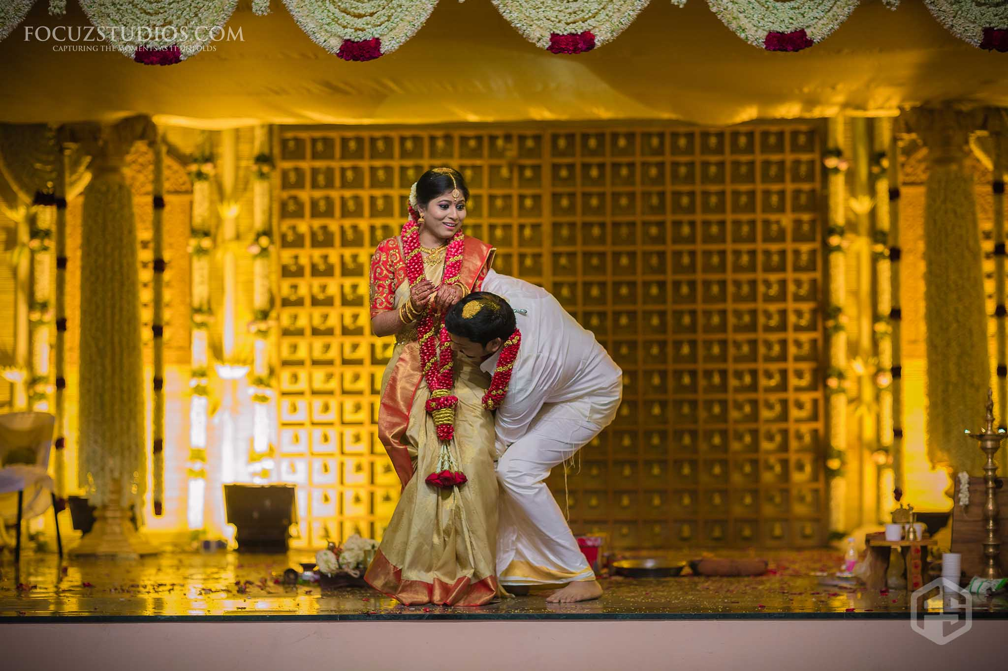 south-indian-wedding-couple-photography-10