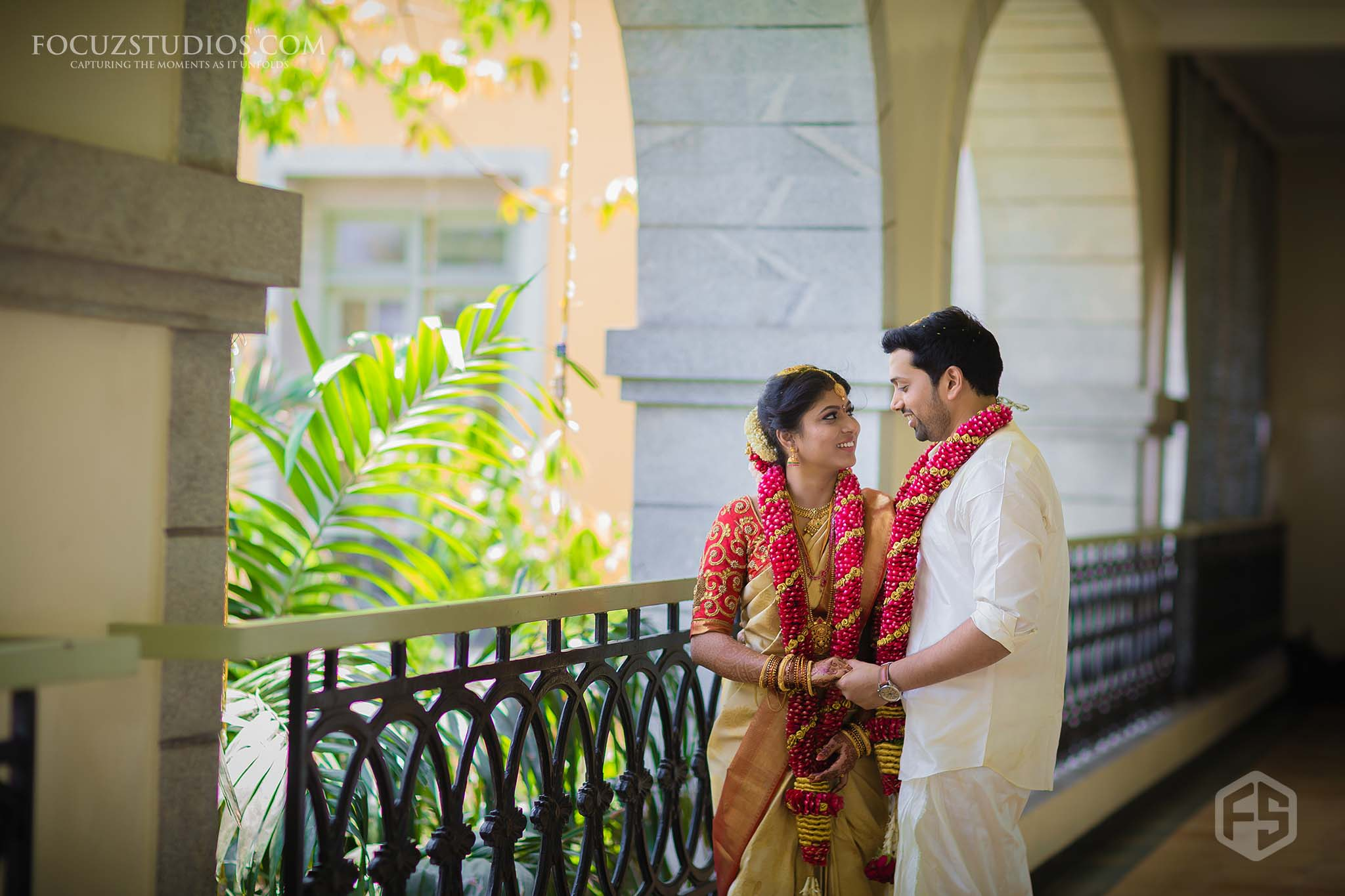 south-indian-wedding-couple-photography-13