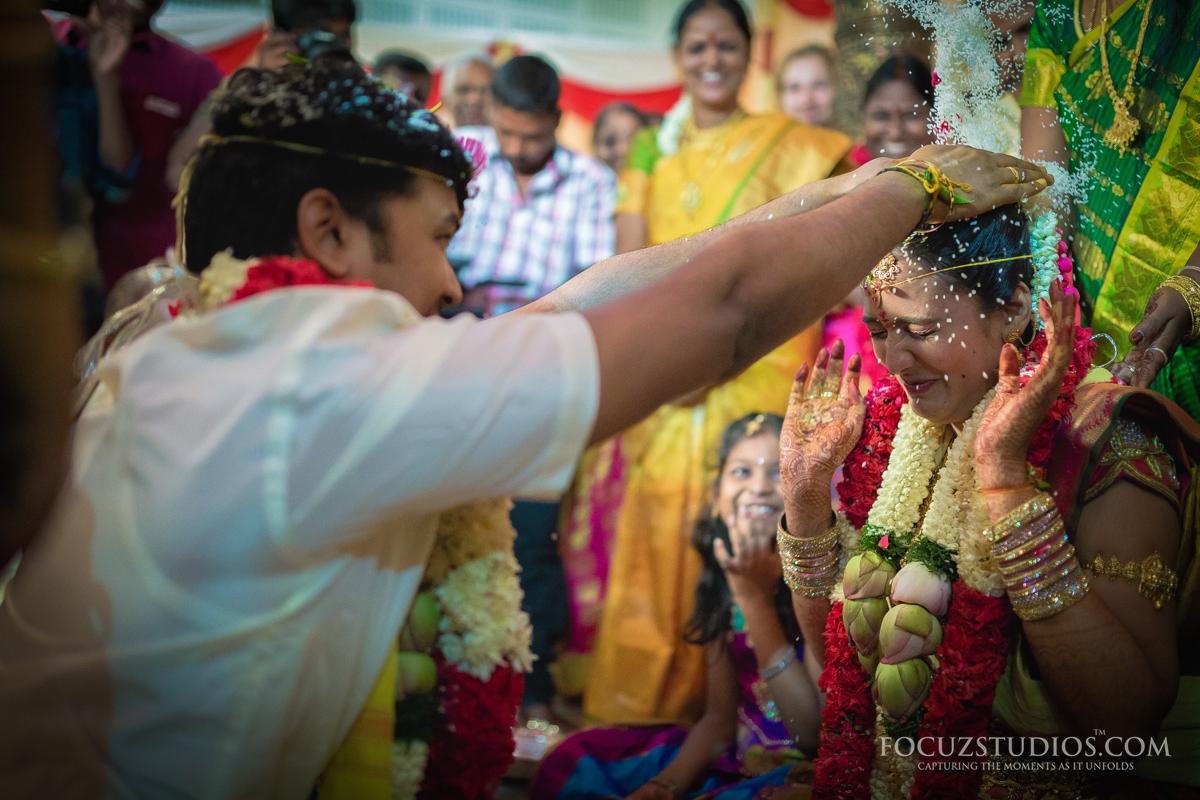 Akshitalu-Talambralu-telugu-wedding-rituals-3
