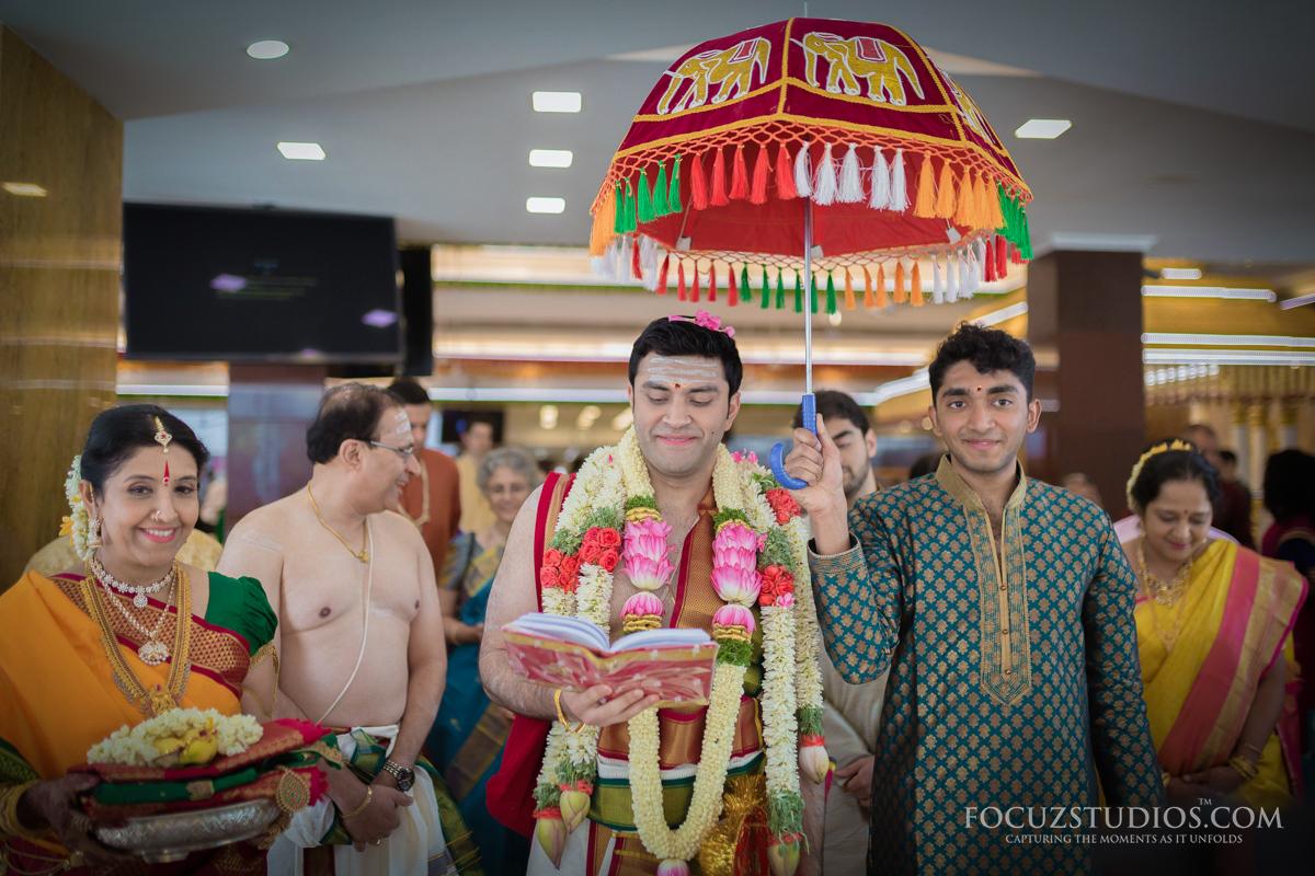 Kasi-Yatra-telugu-wedding-rituals-6