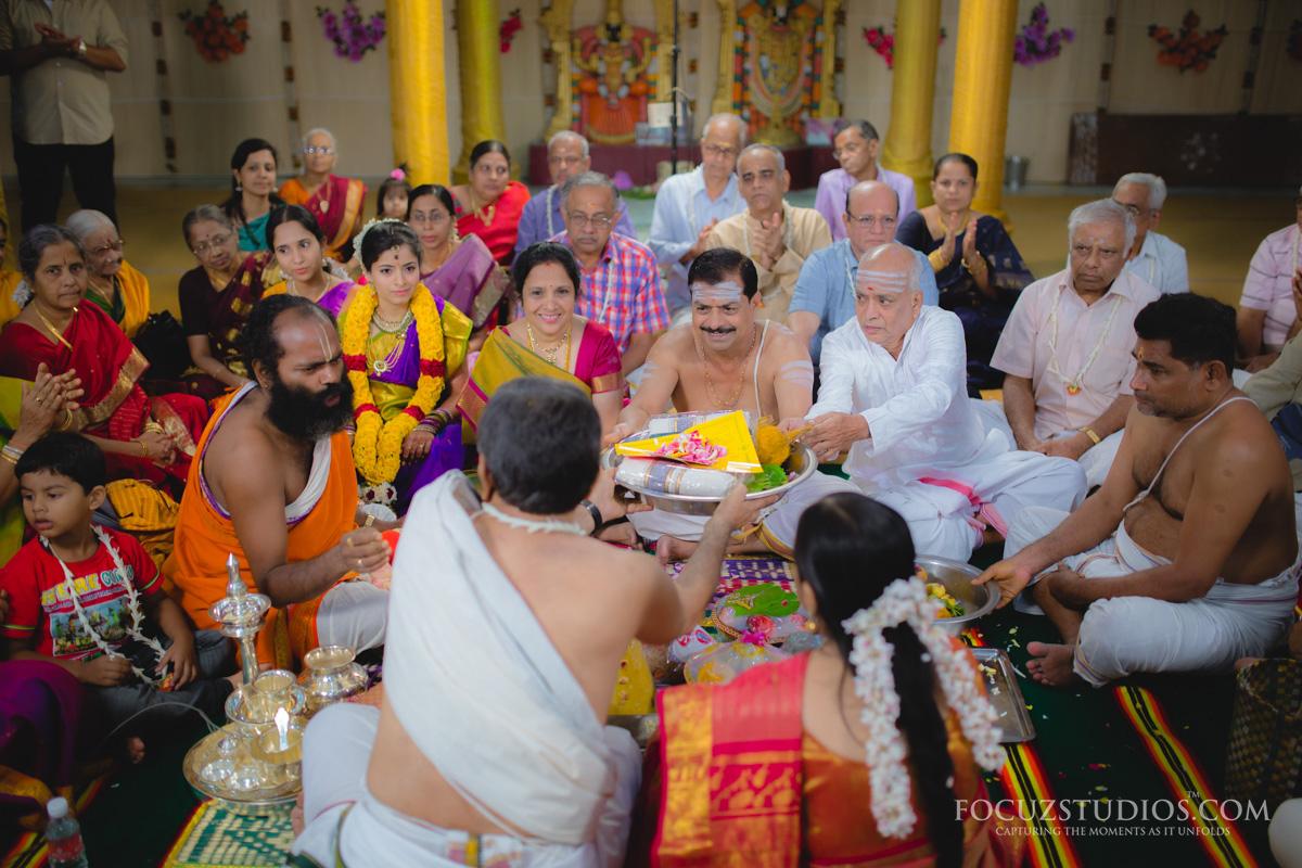 Nischitartham-Engagement-telugu-wedding-rituals-2