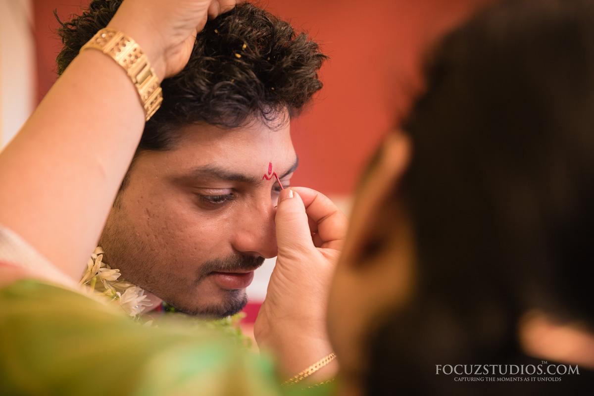 Pellikuthuru-Pelli-Kodukuni-Cheyuta-telugu-wedding-rituals-2