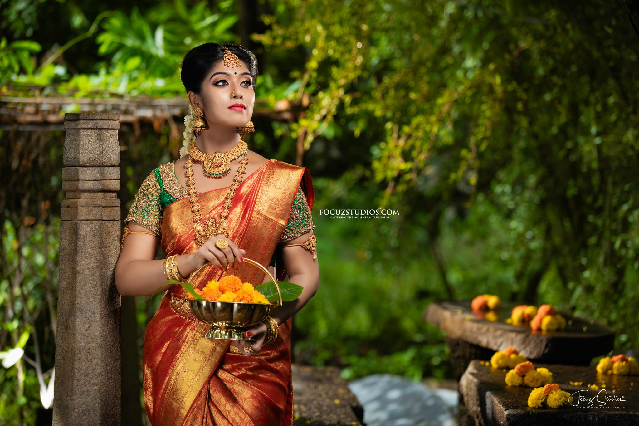 best-south-indian-bridal-portrait-poses-focuz-studios-3