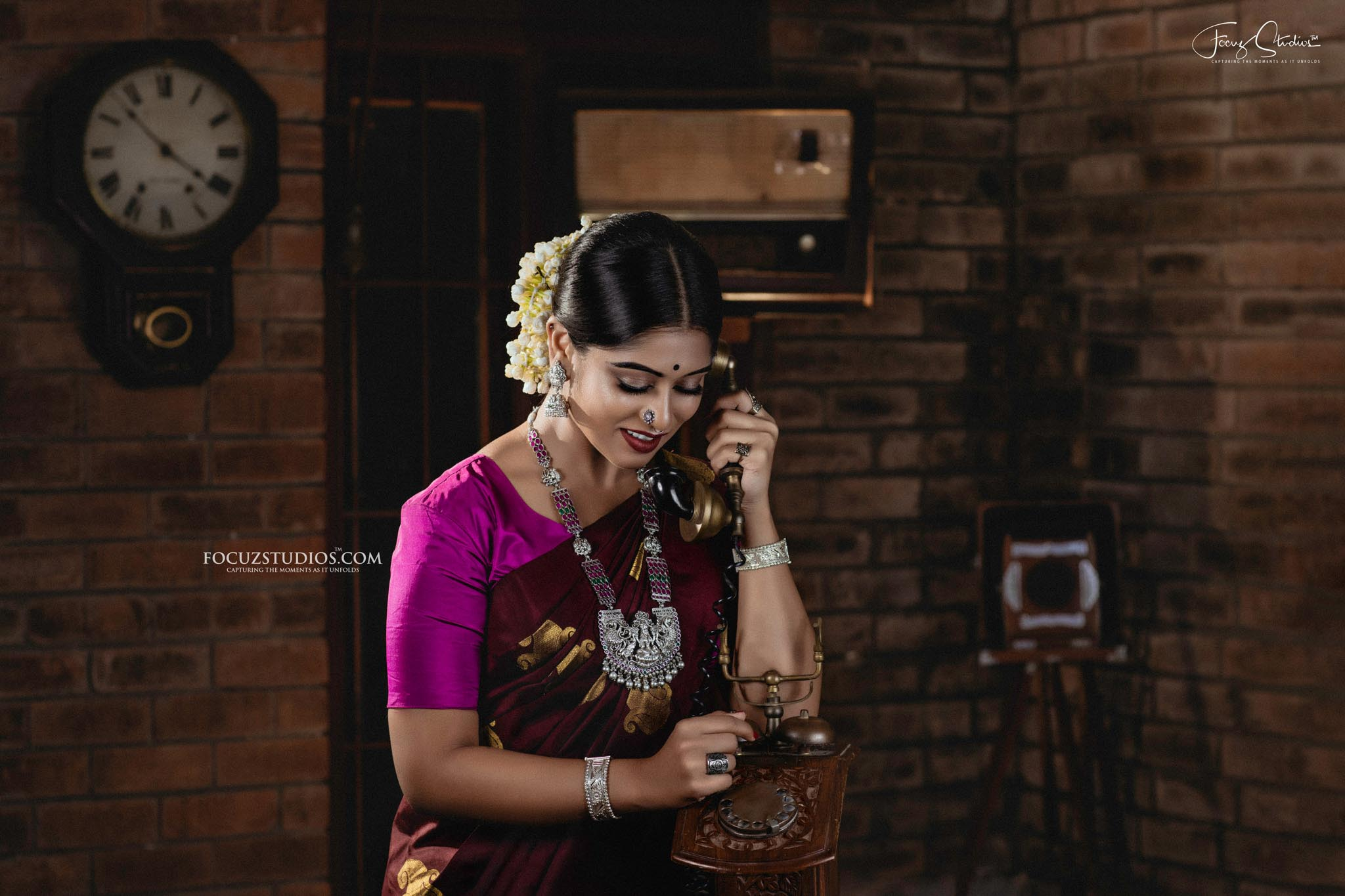 best-south-indian-bridal-portrait-poses-focuz-studios-6
