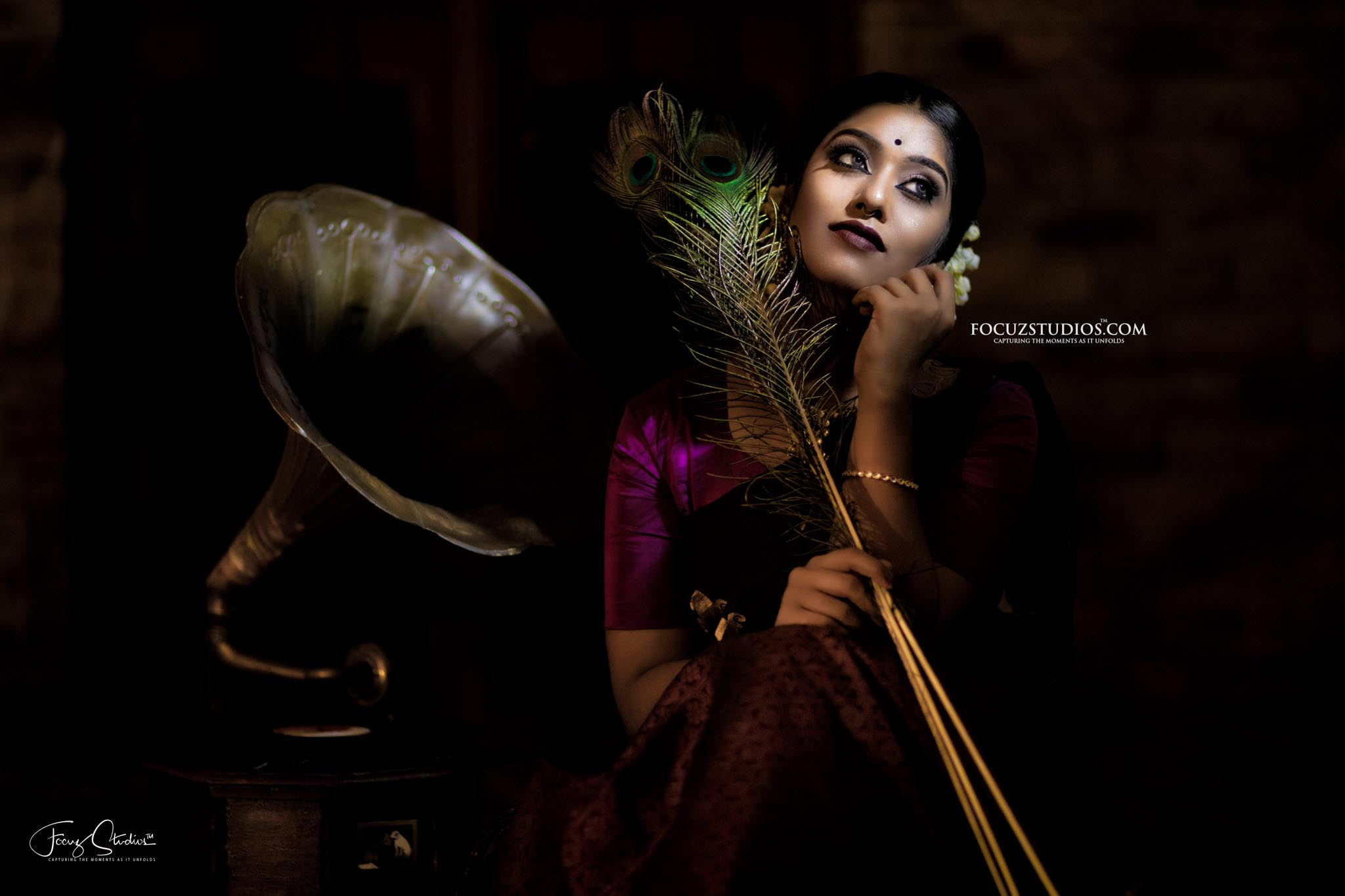 best-south-indian-bridal-portrait-poses-focuz-studios-7