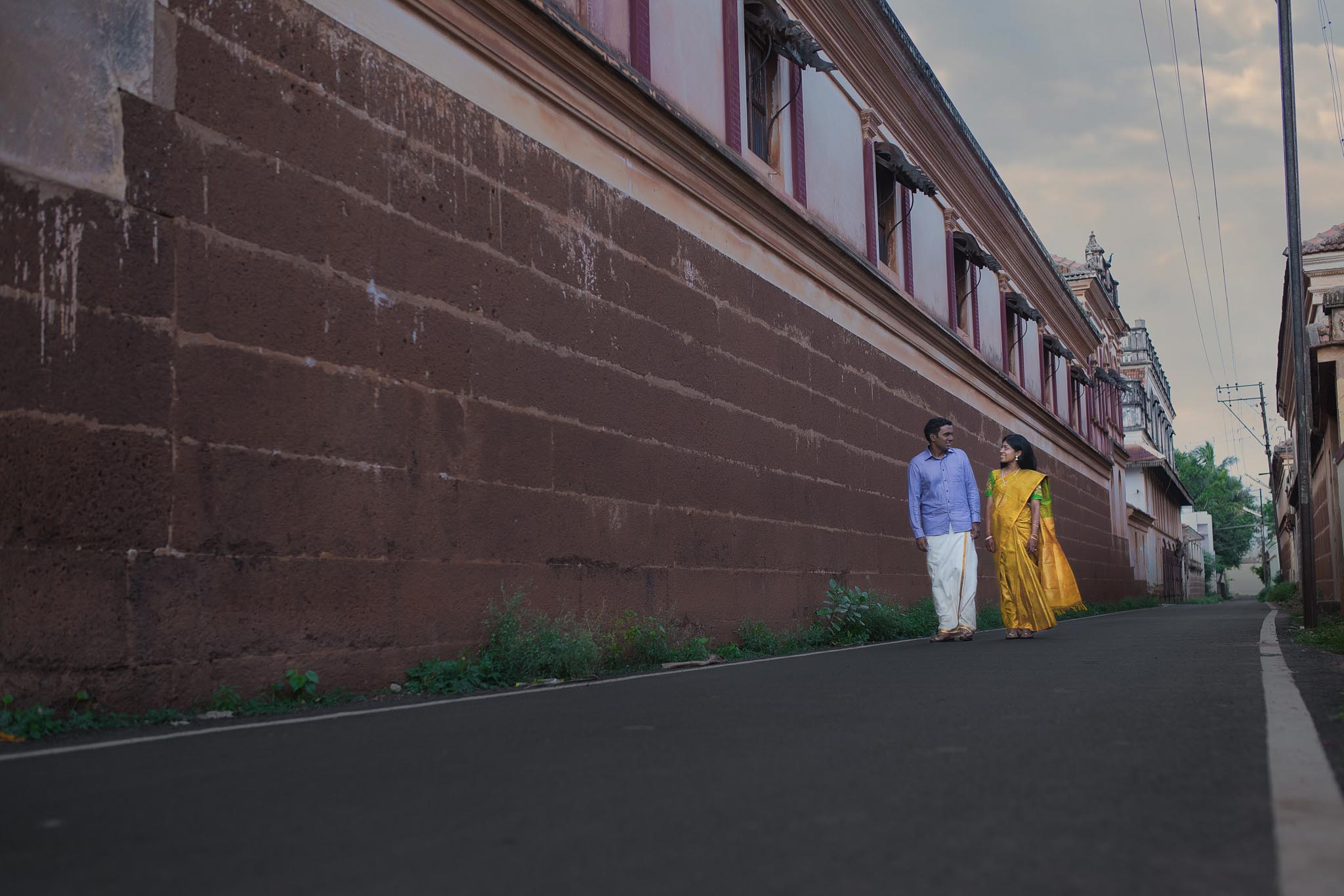 karaikudi-pre-wedding-shoot-ideas-12