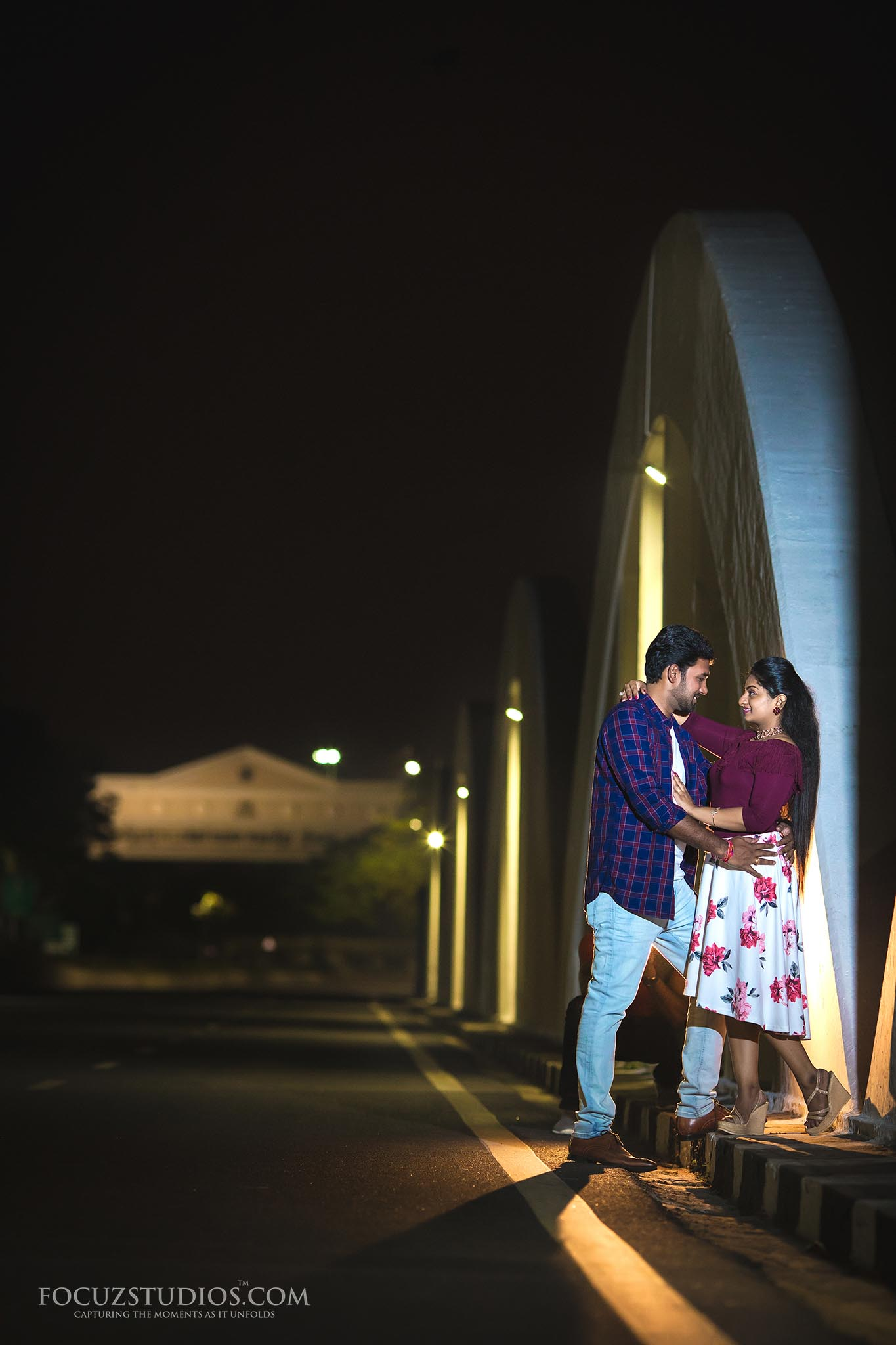 pre-wedding-shoot-night-chennai-focuz-studios-12
