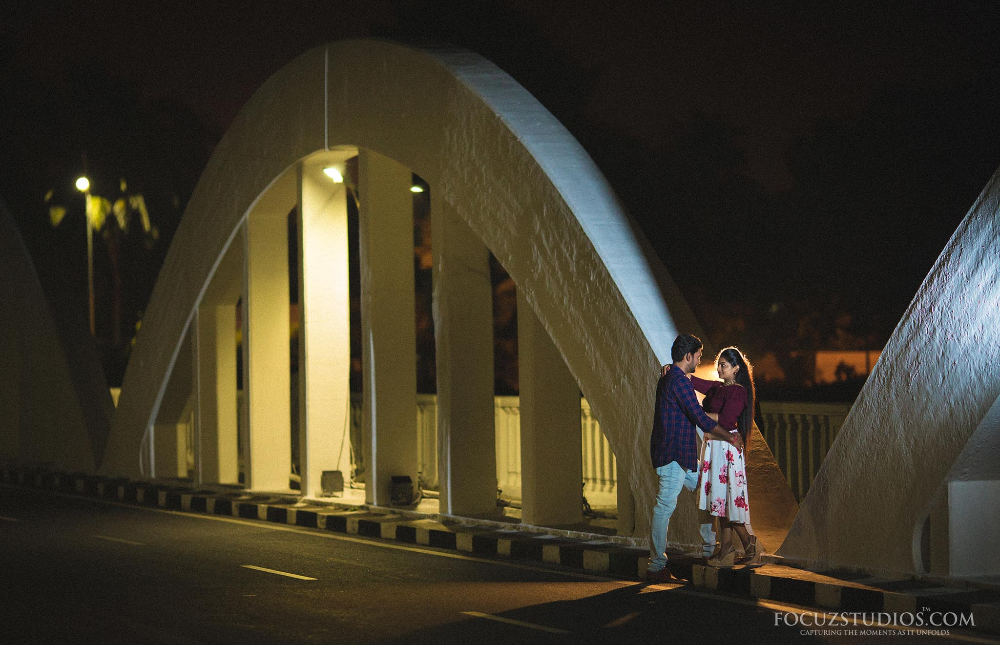 pre-wedding-shoot-night-chennai-focuz-studios-14