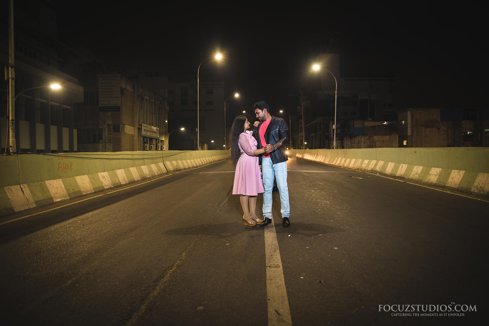 pre-wedding-shoot-night-chennai-focuz-studios-6